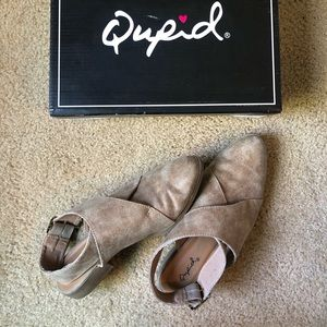 QUPID Ankle Wrap Bootie